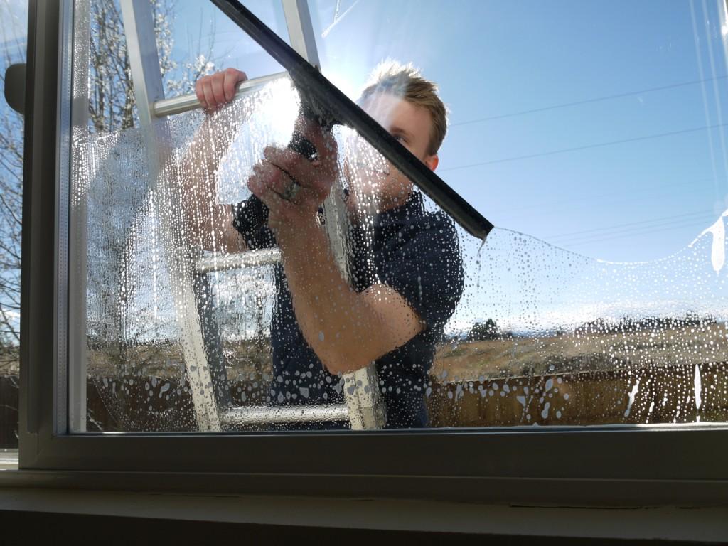 window cleaner clapham